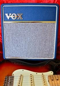 vox-ac4-c1-blue-fender-stratocaster
