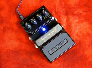 Digitech Hardwire Supernatural – angled w LED